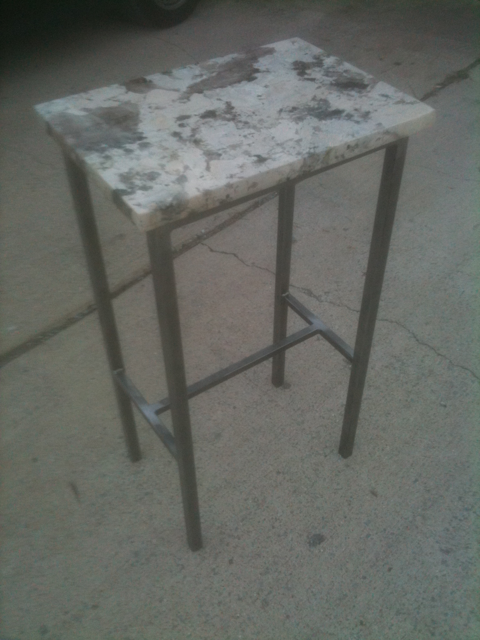 Table – End table